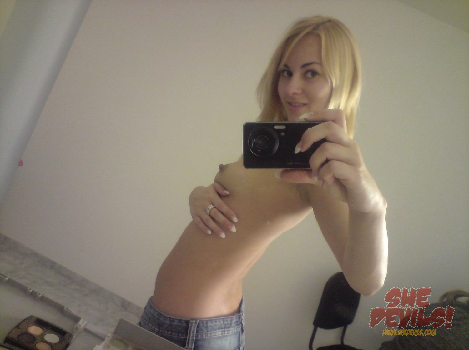 young selfies naked Incoming search terms: young naked selfie